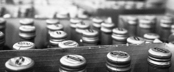 Flaschen sind wir doch alle. Foto: Hufner