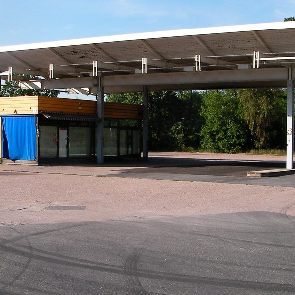 Leere Tankstelle. Keine Energie. Foto: Hufner